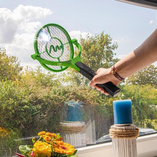 Schwenkkopf-Elektro-Fliegenklatsche Für optimale Treffsicherheit an Decken, Wänden oder flachen Oberflächen. Schmerzlos. Sauber. Sicher.