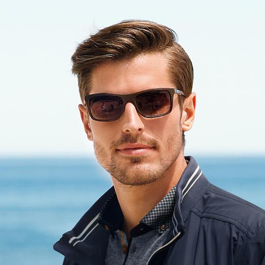 Guess Sonnenbrille Wood-Look Die erschwingliche Designerbrille von Guess, USA. Nobel und trendgerecht: matter Holz-Look statt glänzendem Kunststoff.