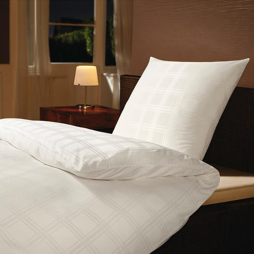 Mikrofaser-Damastbettwäsche - Umhüllt Sie seidenzart, mit optimalem Schlafklima.