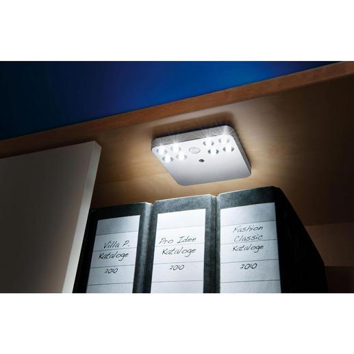 Licht, wo immer Sie wünschen: ohne Kabel verlegen und Stecker installieren. In Schubladen, Schränken, Truhen, …