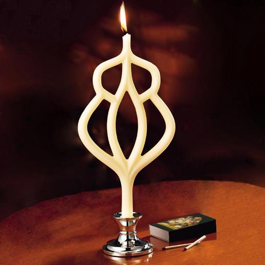 """Kerze """"Shama"""" - Das handgefertigte Kunstwerk brennt ca. 9 Stunden."""