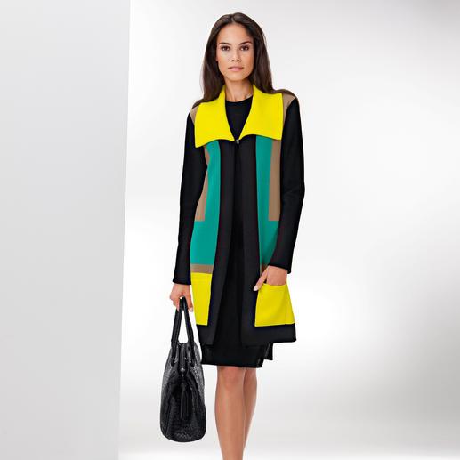 Who's Who Geometrie-Strickmantel - Geometrische Formen + starke Farben: High Fashion Strick aus Italien. Von Who's Who.