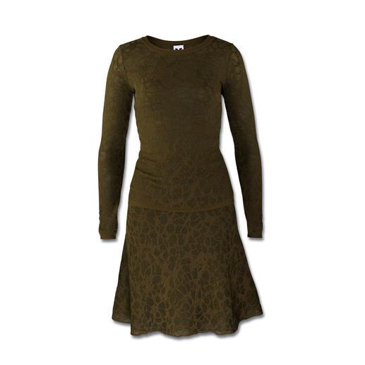 M Missoni Spitzen-Strick-Pullover oder -Rock - Gestrickte Spitze. Modisches Oliv. Missoni setzt die Trends meisterlich um.