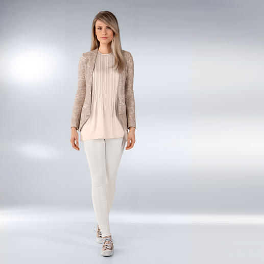 Robin's Jean Baumwollhose White Diamond Der Fashion-Star unter den Sommer-Hosen: mit dezent schimmerndem Coating. Von Robin's Jean, Los Angeles.