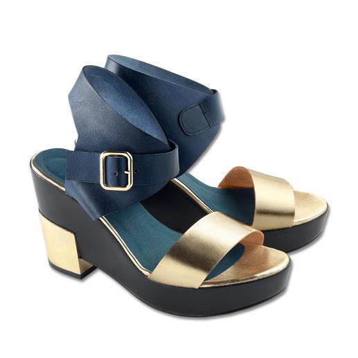Olympic Ankle-Strap-Sandalette - Metallic. Ankle-Strap. Skulptur-Absatz. High-Fashion zum Low-Budget-Preis.