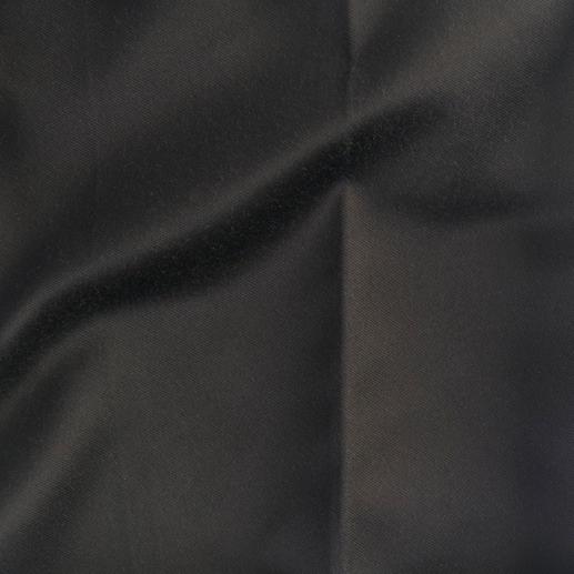 Pierre Balmain Schwarz-Weiß-Top oder 60ies-Hose Heute 5-fach trendgerecht – morgen ein Klassiker: Die Schwarz-Weiß-Kombination von Pierre Balmain.
