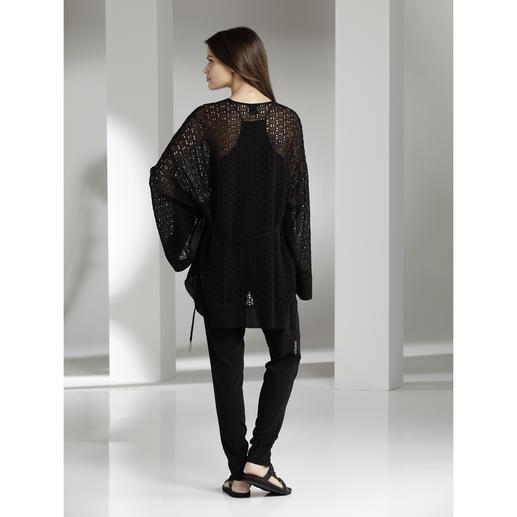 Pinko Kimono-Jacke, Fransen-Top oder Haremshose Ethno-Look à la Pinko: Ruhiger, eleganter und alltagstauglicher als die meisten.