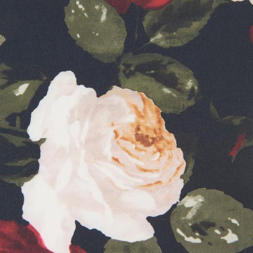 """Blugirl Rosen-Rock Angesagte Rosen-Prints – in Perfektion von der """"Rosenkönigin"""" Anna Molinari."""
