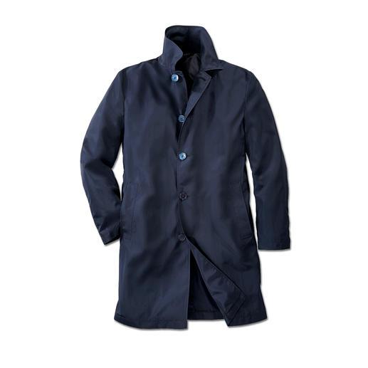 Versace Collection Traveller-Mantel Ihr leichtester Designermantel kommt von Versace, wiegt nur 320 Gramm – und kostet kein Vermögen.