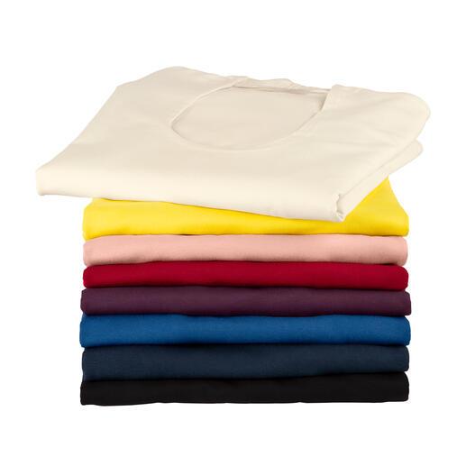 Dieses Blazer-Shirt ersetzt ganz oft Ihre Bluse, ist aber viel pflegeleichter. Aus weicher Viskose, mit tiefem Ausschnitt und raffinierter Kragenform. Ist angenehm auf Haut, sitzt perfekt.