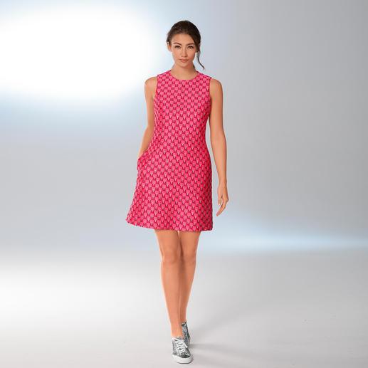 Sly 010 Sixties-Kleid Das Etuikleid der 60er-Jahre: in den angesagten Farben wieder hochaktuell. Und vielseitiger denn je.