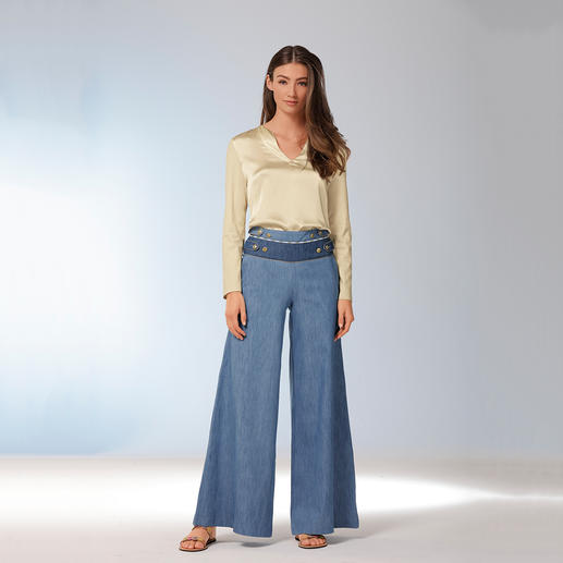 Pierre Balmain Palazzo-Hose Wide Legs, Jeans-Patches, Gold-Details: 3 Trends – und die typische Handschrift von Pierre Balmain.