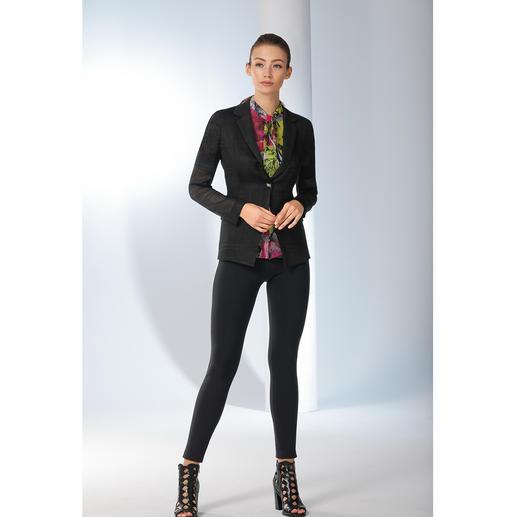 Versace Collection Mesh-Blazer Ein schwarzer Blazer im Sommer? Unbedingt – wenn er so leicht und luftdurchlässig daher kommt wie der Mesh-Blazer von Versace Collection.