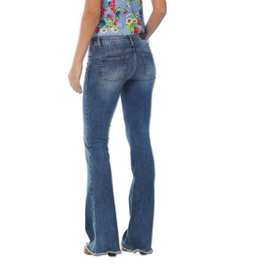 """Liu Jo Bottom up Flared-Jeans Kaum eine Flared-Jeans lässt Ihren Po knackiger aussehen als die """"Bottom up"""" von Liu Jo Jeans, Italien."""