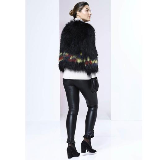 Zadig & Voltaire Zottelfell-Jacke Key Piece des Winters: Die Zottelfell-Jacke mit Farbakzenten. Bester Fashion-Invest ist die vom Pariser In-Label Zadig & Voltaire.