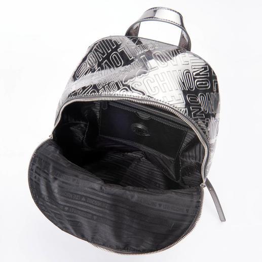 Love Moschino Silber-Rucksack oder Silber-Sneakers Love Moschinos Silver-Stars machen aus jedem simplen Outfit einen Designer-Look.