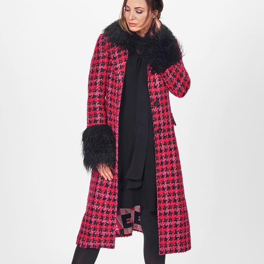 Ainea Bouclé-Mantel Mehr Trend-Details kann ein Mantel kaum bieten: Bouclé. Karo. Rot/Pink. Lurex. Fake Fur.