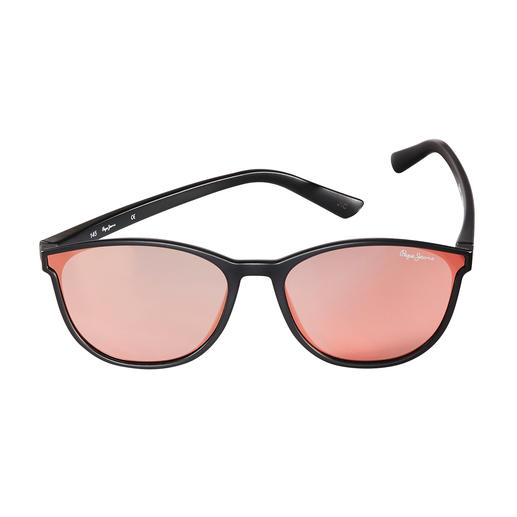 Pepe Jeans Flat Lense-Sonnenbrille Classic Black Der Flat Lense-Trend in seiner wohl klassischsten Form. Von Pepe Jeans London.