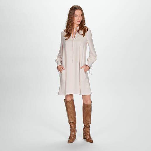 SLY010 A-Linien-Kleid - Das erwachsene & cleane unter den modischen A-Linien-Kleidern. Von SLY010.