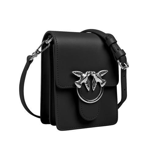 Pinko Mini-Boxy-Bag Die Mini-Boxy-Bag wird zum gefragten It-Piece der Designer. Aus hochwertigem Kalbleder. Und zum erschwinglichen Preis.