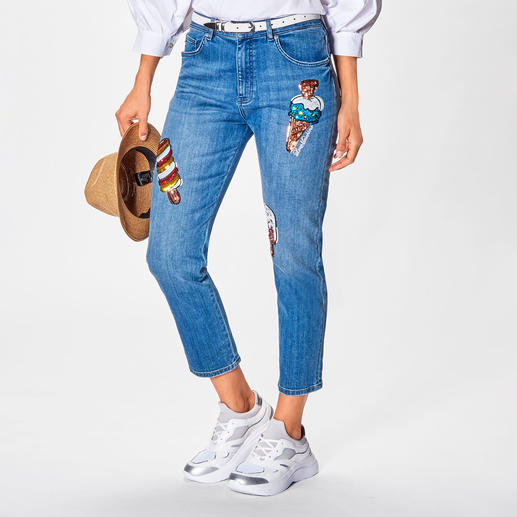 Love Moschino Cropped ice-cream-Jeans Trend-Thema bestickte Jeans. Die von Love Moschino hat Kult-Charakter.