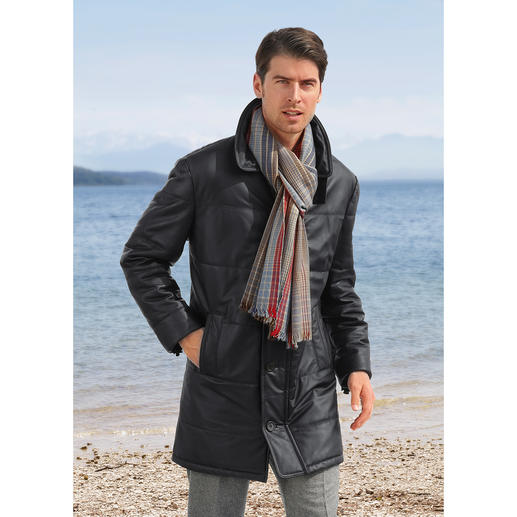 1.000 g-Jacke - Feinstes, weiches Rentierkalb-Nappaleder mit leichter Wattierung. Zeitlos-elegant, business- und autotauglich.