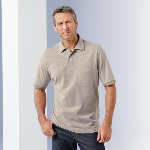 Bequem wie ein Polo, Sakko-tauglich wie ein Hemd. Handgepflückte Pima-Cotton aus Peru. Konfektionierter Kragen. Und genau die richtigen Melange-Farben.