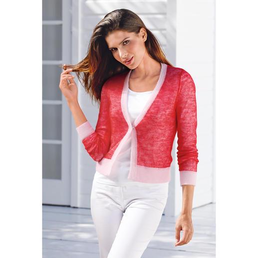 Mal dezent pastellig, mal in kräftigem Rot – durch das raffinierte, rosa-rote Farbspiel auf beiden Seiten sind die Stylingmöglichkeiten sehr vielfältig.