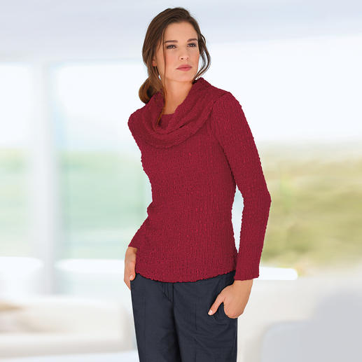 Seidencrash-Carmenshirt oder -Rundhalsshirt Knautschen erlaubt. Bügeln verboten. Gecrashte Seide ist immer in Bestform. Nur waschen, trocknen, tragen.