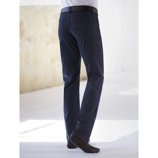 Coolmax® Five-Pocket Das Tragegefühl von Baumwolle. Der Klima-Komfort von Coolmax®: die sommerliche Five-Pocket von Dimensione.