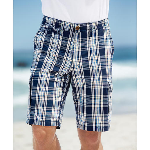Eurex by Brax Glencheck-Bermudas Die stilvolle Art, karierte Shorts zu tragen. Klassisches Glencheck. Maritime Farben. Korrekte Länge.