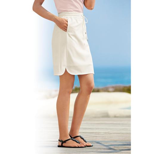 Michèle Urlaubsrock Der perfekte Urlaubsrock. Knitterarm. Waschbar. Bügelfrei. Und für jeden Anlass passend zu stylen.