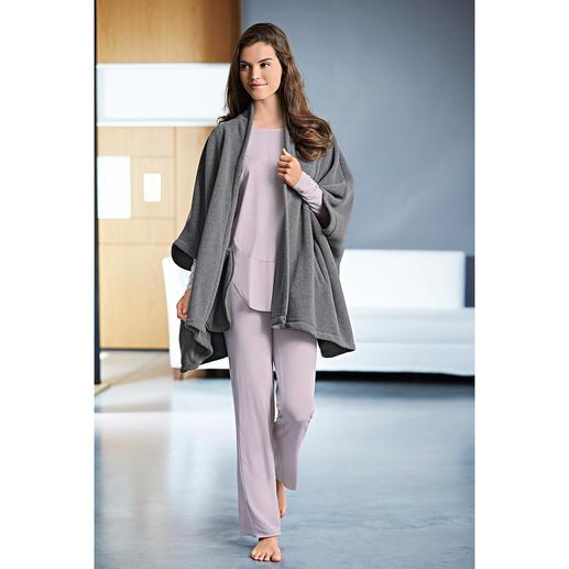 Loungewear-Anzug und Fleece-Cape