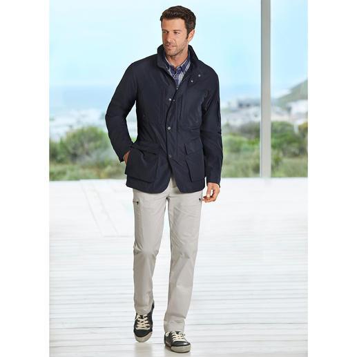 Schick wie eine City-Jacke. Wettertauglich wie eine Funktionsjacke. Schick wie eine City-Jacke. Wettertauglich wie eine Funktionsjacke.