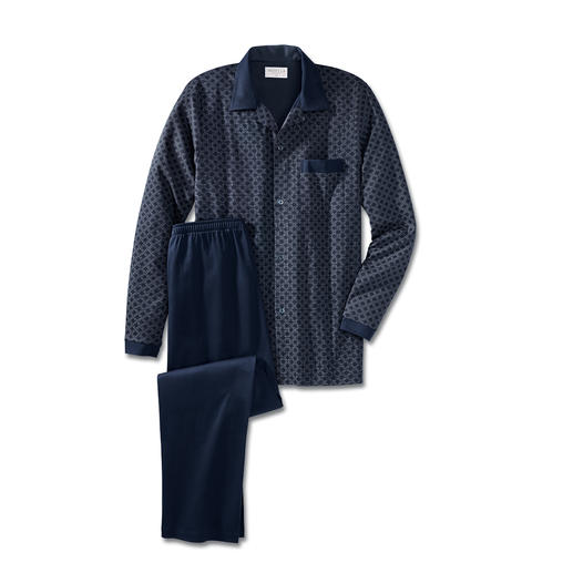 NOVILA Gentleman-Pyjama, Blau Der bequeme Gentleman-Pyjama. Perfekt, auch wenn die Post unverhofft kommt. Aus weichem Baumwoll-Jersey.