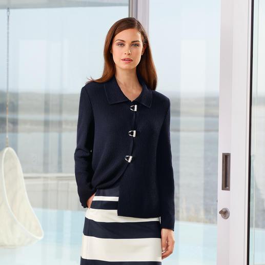 Belle ile-Strickjacke Perlfang - Edel wie eine Couture-Jacke. Vielseitig wie eine Jeansjacke. Und bequem wie eine Strickjacke.