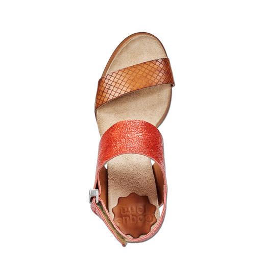 Coque Terra Fußbett-Sandalette Die Blockabsatz-Sandalette made in Portugal. Von Coque Terra. Herrlich bequem dank Kork-Latex-Fußbett.