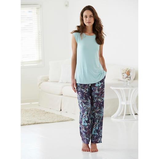 Tatà Pyjama Exquisites Duo: streichelzartes MicroModal®-Shirt + seidig fließende´Viskose-Hose.
