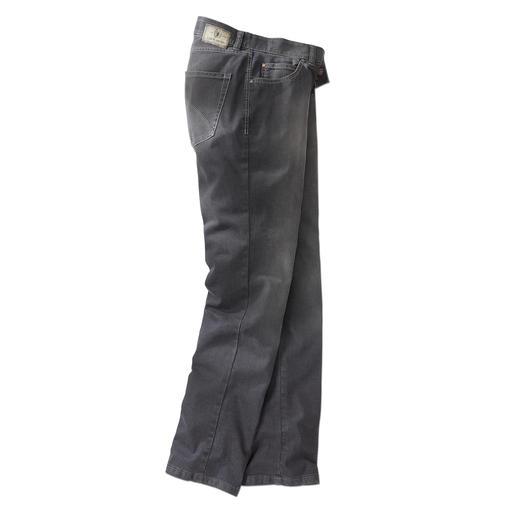 Mit allen Vorteilen der Blue Denim - unempfindlich, vielseitig und leicht zu kombinieren. Endlich die richtige graue Jeans. Kombinierfreudig wie Indigoblau. Aber viel dezenter und seltener.