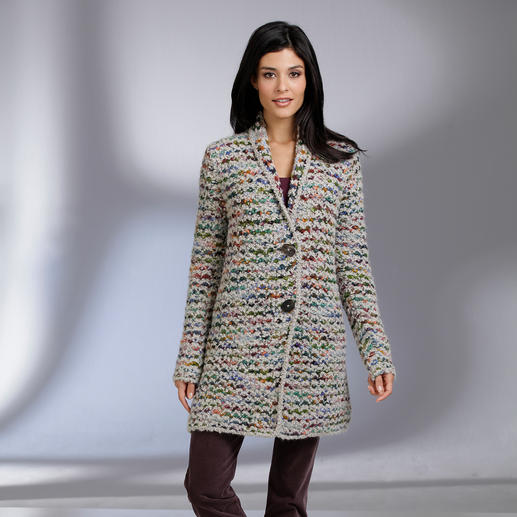 """Kero Design Handstrick-Jacke """"Multicolor"""" Von Hand gefärbt, von Hand gestrickt: der Multicolor-Cardigan, der einfach zu allem passt."""