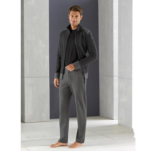 Hanro Gentleman Homesuit - Der Homesuit für den Gentleman: superbequem, dabei verblüffend stilvoll. Von Hanro of Switzerland.