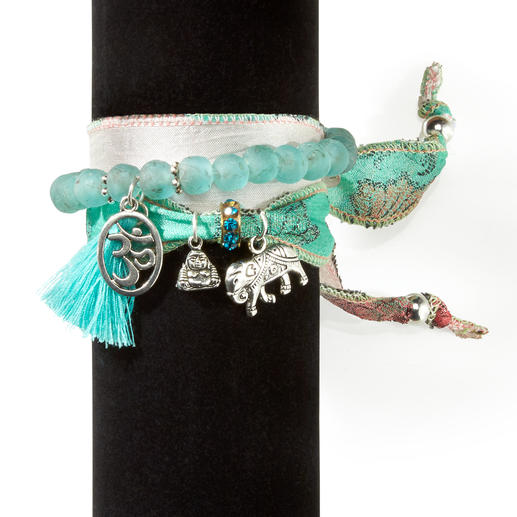 Anisch de la Cara Glücksarmband-Set Nicht irgendein Wickelarmband – sondern gefertigt aus prächtigen Vintage-Saris und ghanaischen Perlen.