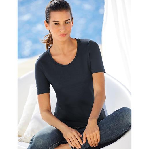Warum ein Basic-Shirt für 45,95 Euro ein Schnäppchen sein kann. Warum ein Basic-Shirt für 45,95 Euro ein Schnäppchen sein kann. swiss+cotton ist form- und farbtreu, geschmeidig glatt und dehnbequem.