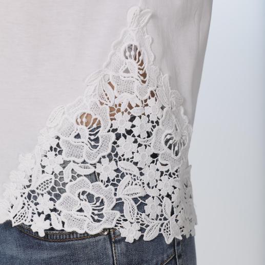 Liu Jo Basic-Spitzenshirt Viel mehr als nur ein weißes Basic-Shirt.