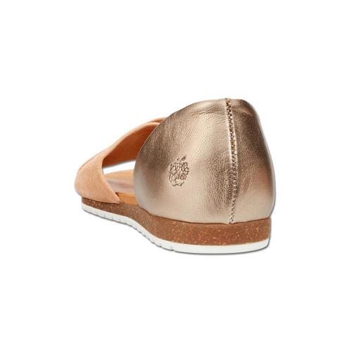 Apple of Eden Kreuzbandagen-Sandale Modisch wichtig. Eleganter als die meisten. Und sehr fair kalkuliert.