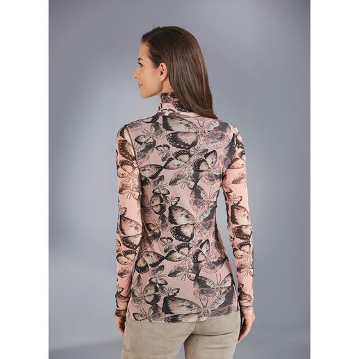 """Fuzzi Rolli """"Schmetterlinge"""" Ultraleicht. Unkompliziert. Und elegant wie eine Bluse. Der 110 g leichte Rolli aus hauchzartem Tüll-Jersey."""