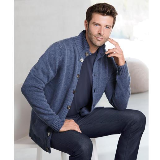 Alan Paine Kaschmir-Jubiläums-Cardigan In dieser 6-fädigen Luxus-Strickjacke steckt das Haar von 4 Kaschmirziegen.