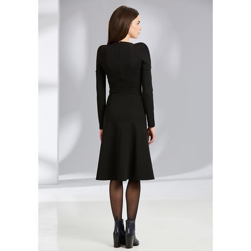 Plein Sud Jeanius Black Dress, Anzug-Hose oder Anzug-Blazer Feminin figurbetont und dabei herrlich bequem.