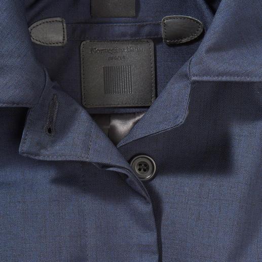 Norwegian Rain Damen-Regenmantel Ihr wohl stilvollster Regenmantel ist nach Maßschneider-Art konfektioniert. Wasserdicht. Winddicht. Atmungsaktiv. Aus japanischem Hightech-Material in Tuch-Optik.