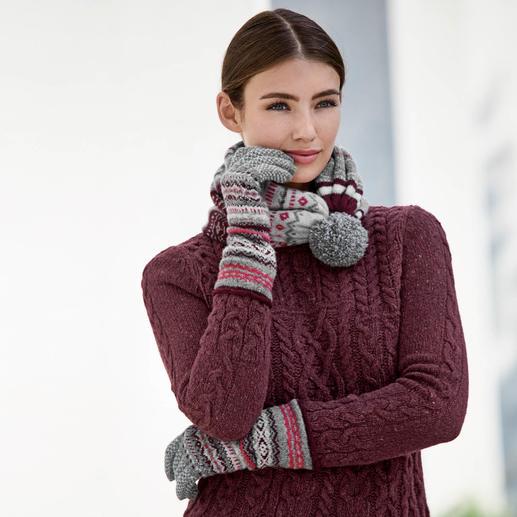 Eribé 2-in-1-Varioschal oder Handschuhe Kuschelig wärmend dank Lambswool. Vom schottischen Strickspezialisten Eribé.